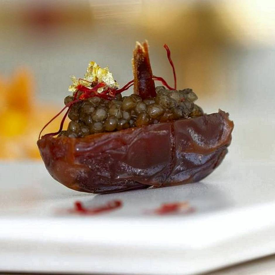 Caviar aux dattes in the Beluga restaurant is a starter made from Medjool dates, filled with caviar and garnished with saffron